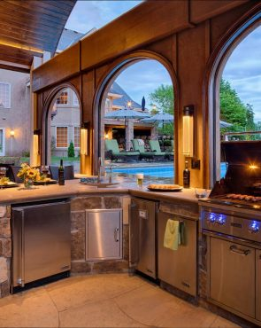 Outdoor-Kitchen-Cabinets-Poolside